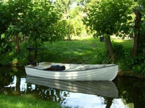 Fluisterbootje Te Koop roeiboten watersport advertenties in friesland