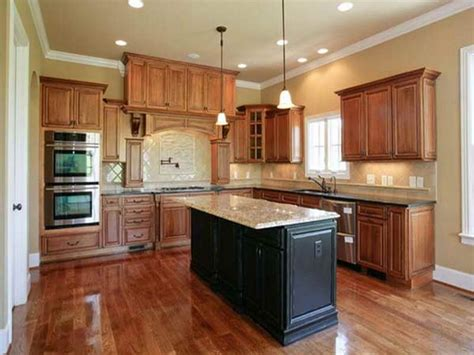 Kitchen Wall Paint Colors With Maple Cabinets