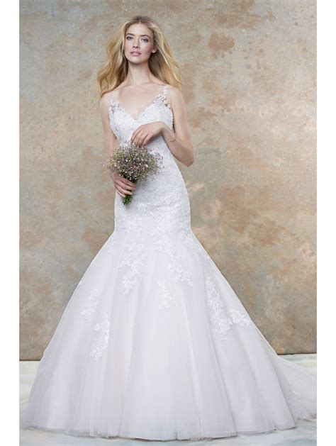 Ellis Bridals 11452a Lace Fit And Flare Bridal Gown Ivory. Wedding Venue Yallingup. Planning A Wedding Made Easy. Cheap Wedding Cake Stands. Wedding On A Budget Victoria Bc