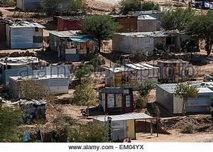 Haus Kaufen Namibia : h tten vorstadt township katutura windhoek namibia stockfoto bild 81138508 alamy ~ Markanthonyermac.com Haus und Dekorationen