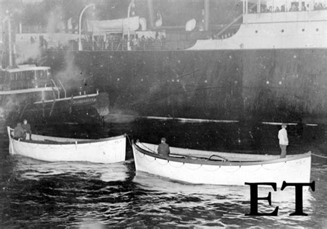 Titanic Collapsible Boat A by Lifeboats Extinguished Their Lights