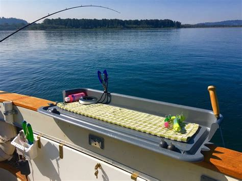 Boat Accessories Pinterest by 17 Best Ideas About Fishing Boat Accessories On Pinterest