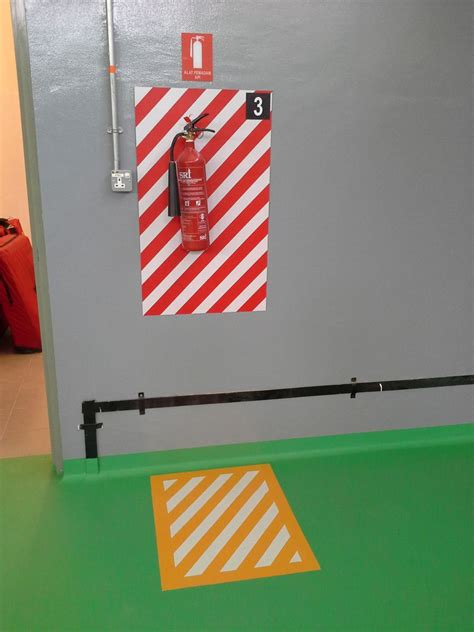 Fire Extinguisher Mounting Height Osha by Fire Extinguisher Locations In Buildings Fire Extinguisher