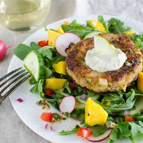crab cake salad key lime mango crab cake salad garlic zest