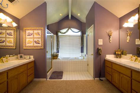Neutral Color Bathroom Designs by The Right Paint Color For Your Bathroom How To Build A House