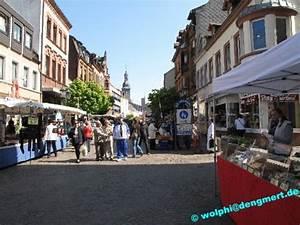 Heimkino St Ingbert : ostermarkt in der fu g ngerzone st ingbert bilder st ingberter anzeiger ~ Markanthonyermac.com Haus und Dekorationen
