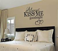 bedroom wall decor LIVEN UP YOUR BEDROOM WITH THESE UNIQUE BEDROOM WALL DÉCOR ...