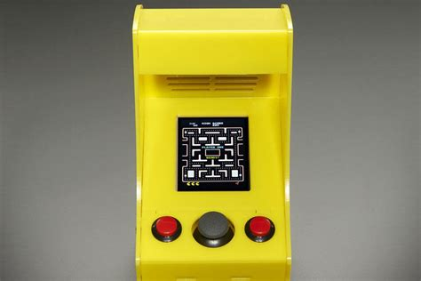 cupcade raspberry pi powered micro arcade cabinet kit mikeshouts
