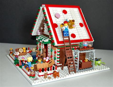 Gingerbread Houses On Pinterest