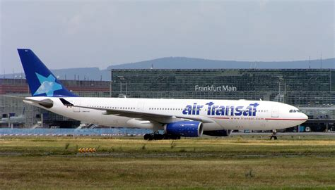 file a330 200 air transat c ggts jpg wikimedia commons