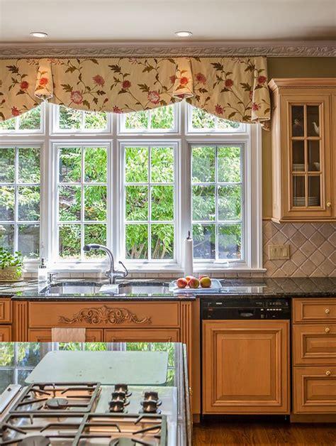 best 20 kitchen valances ideas on kitchen