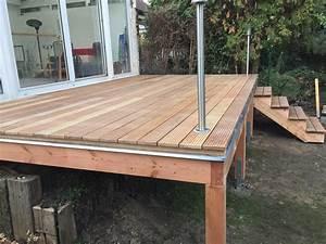 Holz Für Balkonboden : erh hte terrasse aus bangkirai mit holztreppe und au entreppe garten pinterest erh hte ~ Markanthonyermac.com Haus und Dekorationen