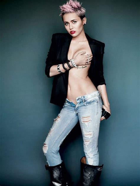 [photos] Miley Cyrus' 19 Nearlynaked Moments — See The