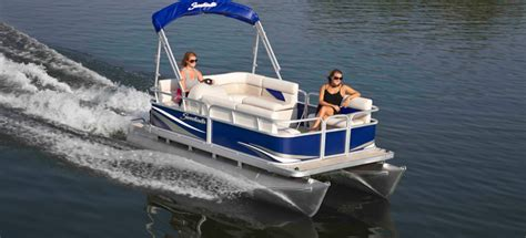 Best Pontoon Boats Under 25 Feet by 10 Top Starter Boats Of 2013 For The Beginner Boater