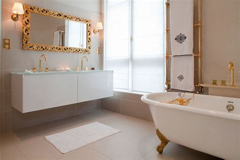 the haussmanien way of classique chic salle de bain par mike alleg teliers hr