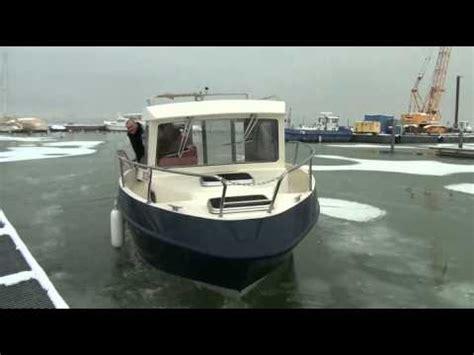 Aluminium Boot Cabin aluminium boot lundi 245 cabin youtube