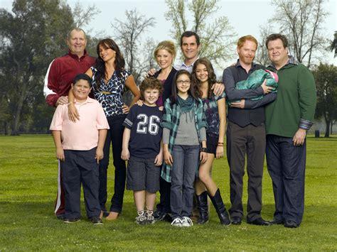 modern family modern family photo 7554980 fanpop