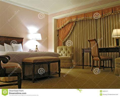 chambre 224 coucher avec le rideau image stock image 4201571