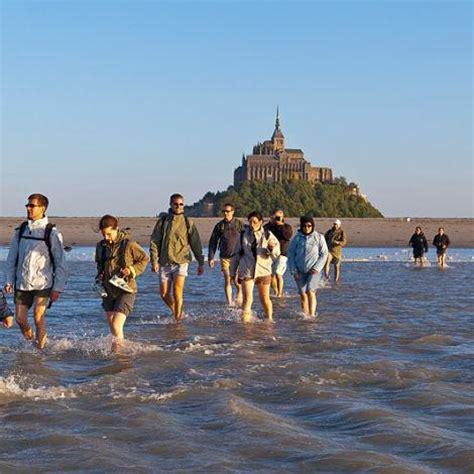 le mont michel et sa baie manche tourisme