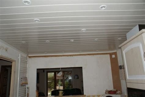 schema pose lambris pvc plafond