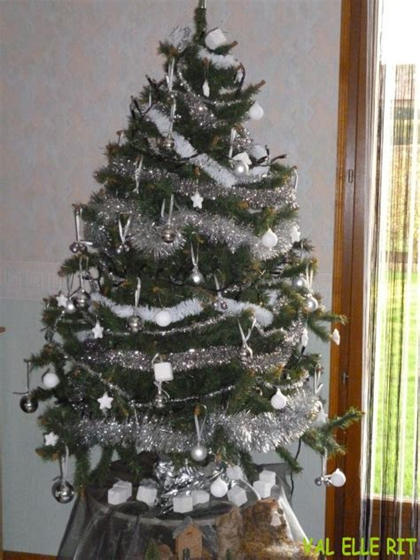 merveilleux sapin or et argent 9 idee deco idee deco sapin noel blanc argent sapin de noel