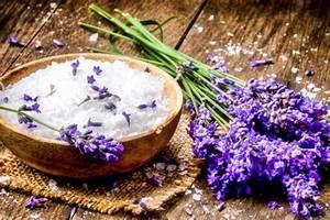 Lavendelöl Selber Machen : badezus tze selber machen lavendel badesalz ~ Markanthonyermac.com Haus und Dekorationen