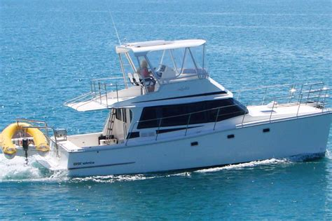 Bareboat Catamaran Hire Whitsundays by Scimitar 1010 Whitsunday Escape