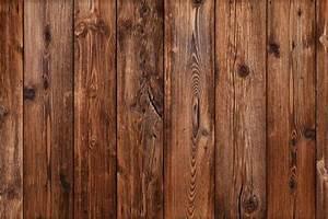 Holz Künstlich Alt Machen : holz beizen so funktioniert 39 s sch ner wohnen ~ Markanthonyermac.com Haus und Dekorationen