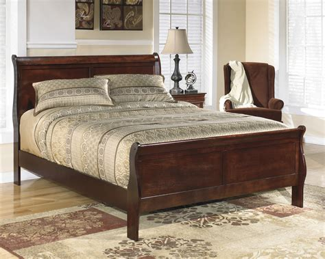 buy alisdair king sleigh bed by signature design from www mmfurniture sku b376 82 97