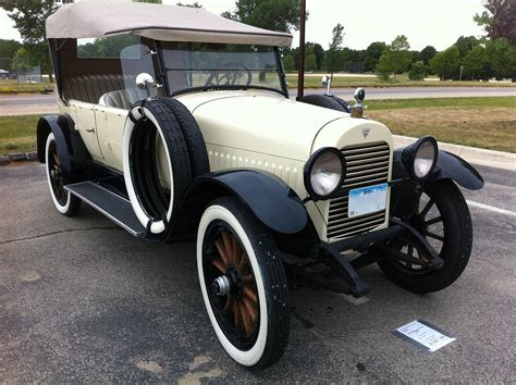 Antique Auto Club To Present Classic Cars