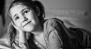 The Family Photographer 7: Simple Portraits of the People ...