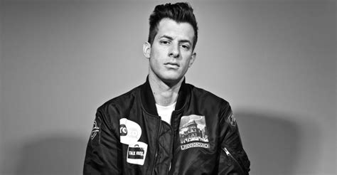 Mark Ronson Re-records Uptown Funk With Unknown Musicians
