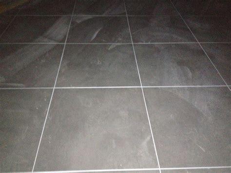 joint blanc carrelage au sol gris 18 messages