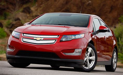 2015 chevy volt gets extended electric range 187 autoguide news