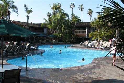 Catamaran Resort San Diego Pool by Mission Bay Pacific Beach Hotels Local Wally S Guide
