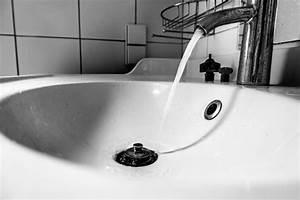 Der Abfluss Stinkt Was Tun : waschbecken berlauf stinkt was k nnen sie tun ~ Markanthonyermac.com Haus und Dekorationen