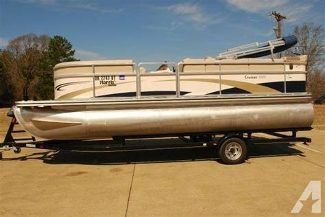 Pontoon Boat Rental Tyler Tx by 2009 Hton 20 Harris Float Boat 20 Foot 2009