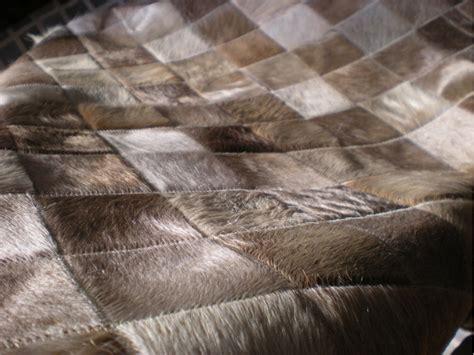 tapis peau de vache naturelle pas cher grand tapis salon