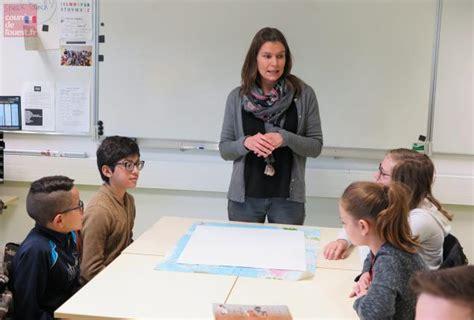 Cholet Trémolières, Le Collège Aux 25 Langues  Courrier De L'ouest