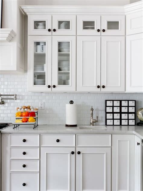 kitchen cabinet knob placement houzz