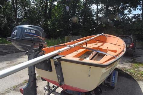 Trailer En Buitenboordmotor by Zeilboot Askeladden Met Trailer En Buitenboordmotor