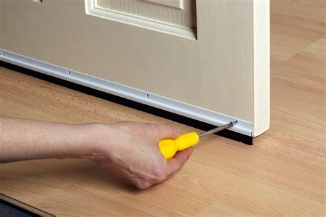 comment isoler une porte faire soi m 234 me l isolation d une porte d entr 233 e
