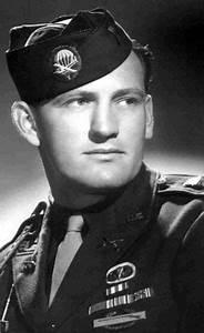 "1st Lieutenant Lynn Davis ""Buck"" Campton. Easy Company 2nd ..."
