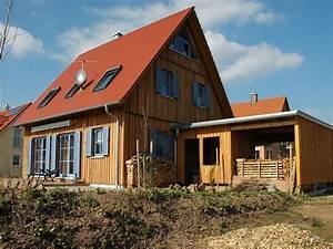 Engelhardt Und Geissbauer : einfamilienhaus holzhaus satteldach garage mit schleppdach fensterl den dachfenster efficiento ~ Markanthonyermac.com Haus und Dekorationen