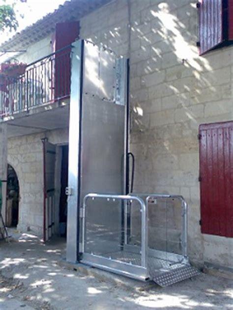 mini plateforme verticale mini ascenseur monte personne monte handicap 233 hauteur