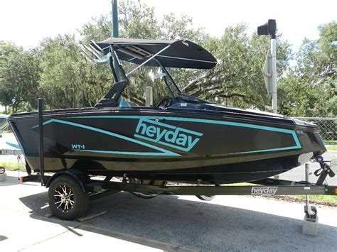 Heyday Wake Boats Price by 2018 Heyday Wt 1sc Side Console Wake Boat W 5 7l Crusader