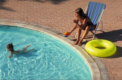 cout entretien piscine exterieure id 233 es de design suezl