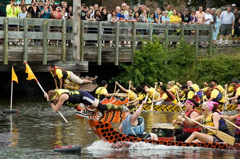 Dragon Boat Racing Lansing by Capital City Dragon Boats Celebrate Their Fifth Year On