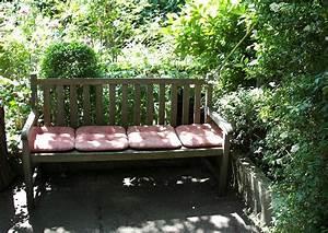 Liegen Für Garten : sitzecke im garten anlegen ~ Markanthonyermac.com Haus und Dekorationen