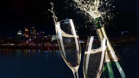 Bb Riverboats  New Year's Eve Cruise